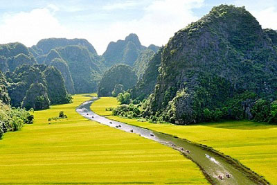 Hoa Lu Tam Coc Tour (Full Day)
